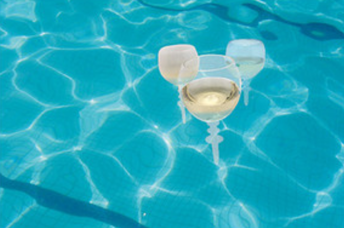 These Floating Wine Glasses Are Just $2.49 At Aldi